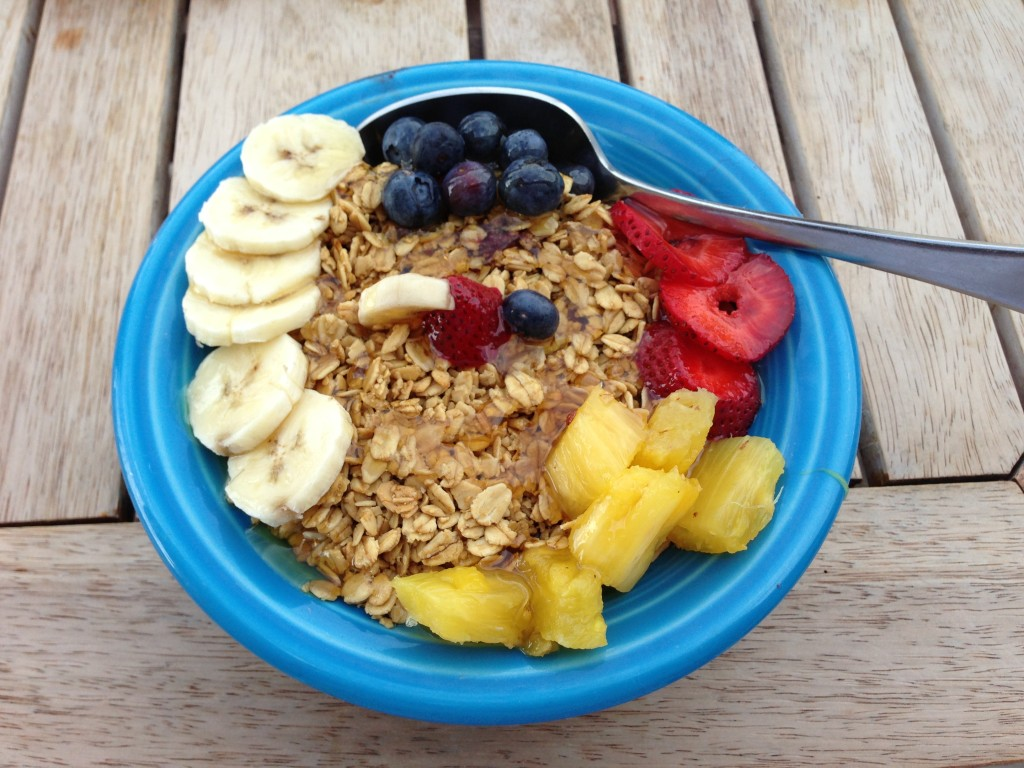 Acai bowl at Delicomb Jacksonville Beaches