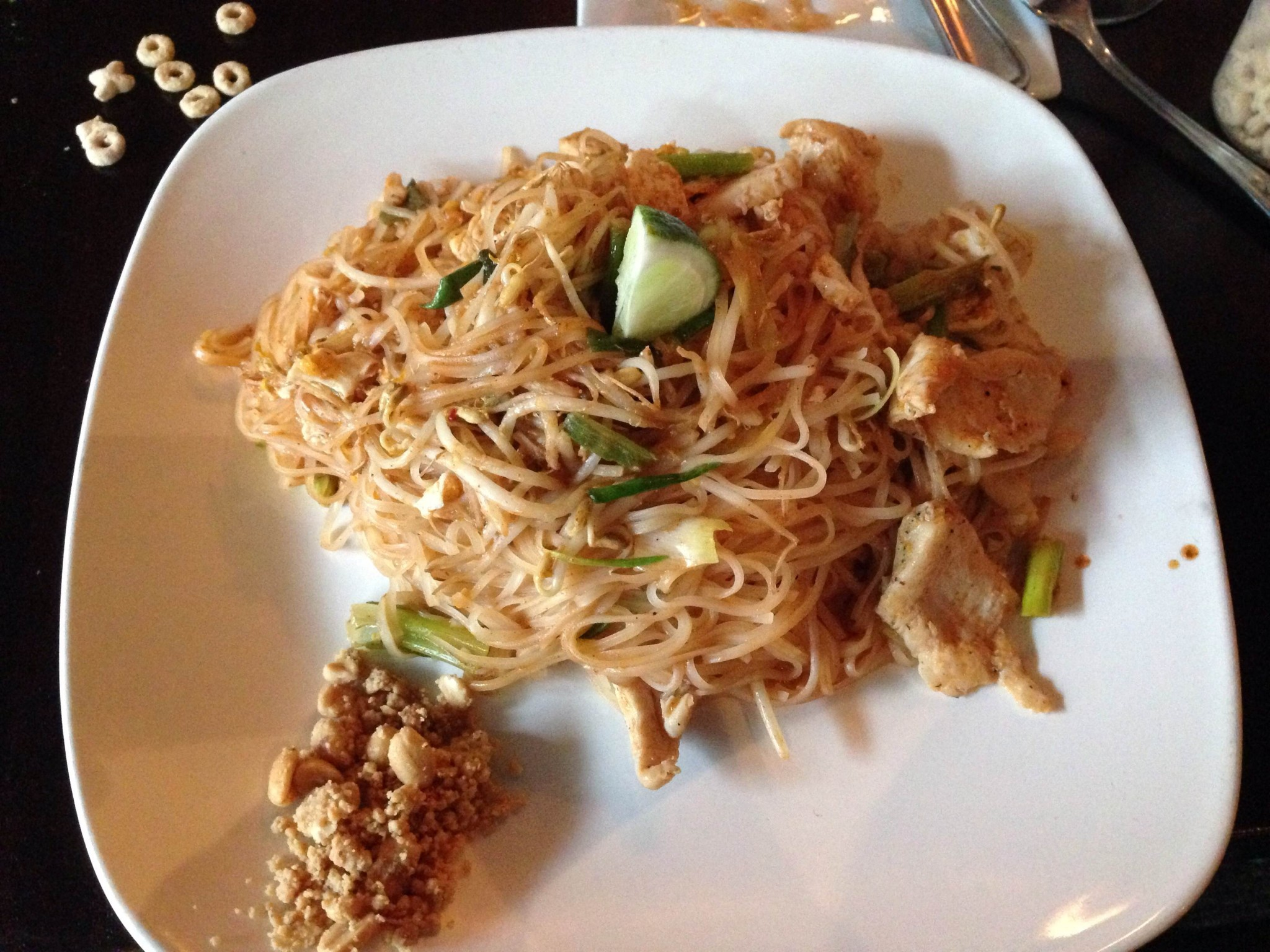 Aroy thai fusion surprising kid friendly but only early for Aroy thai cuisine