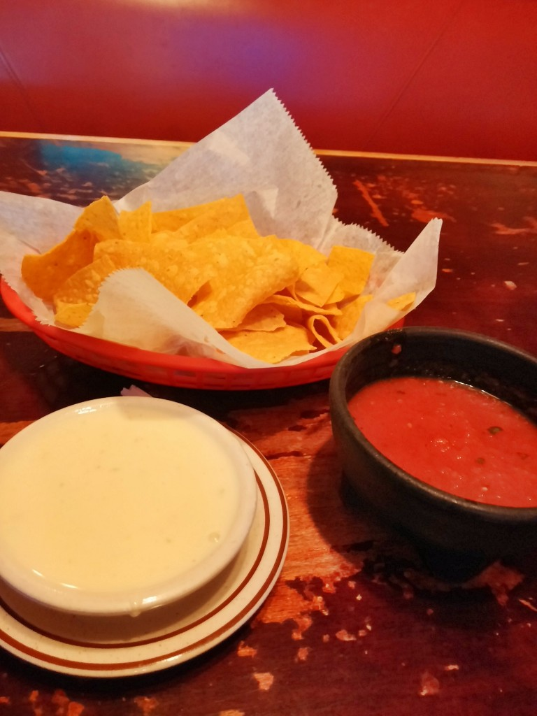 Viva Mexican - Chips Queso Salsa