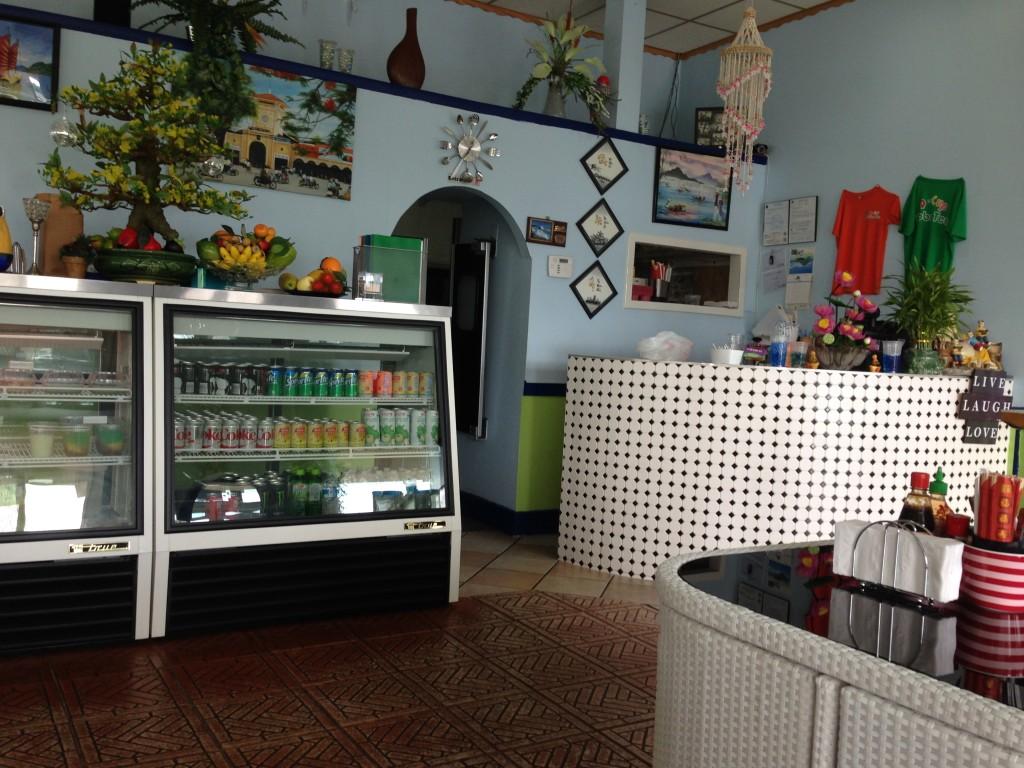 Q-Cup Boba Tea - Interior