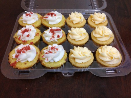 Short & Sweet - Bacon Pineapple and Peach Cupcakes