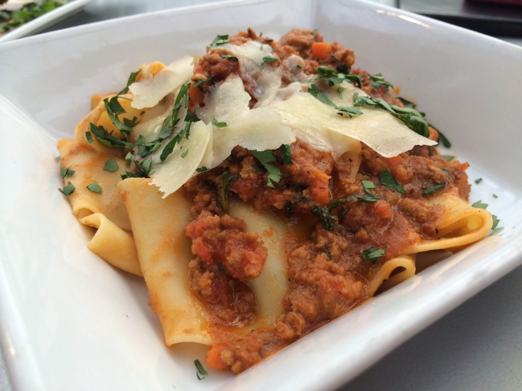 Ovinte - Pappardelle Bolognese