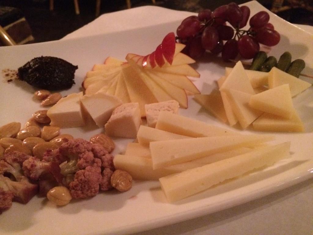 JJs Bistro de Paris - Cheese Plate