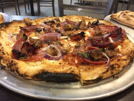 V Pizza - Pizza