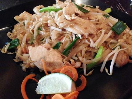Pattaya Thai Grille - Chicken Pad Thai