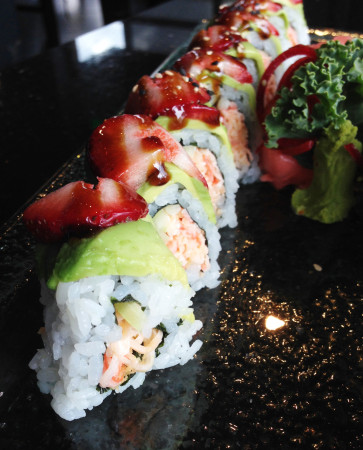 Bento - Strawberry Roll