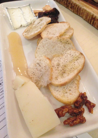 Taverna - Cheese Plate