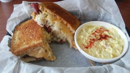 Sandwich Depot - Reuben