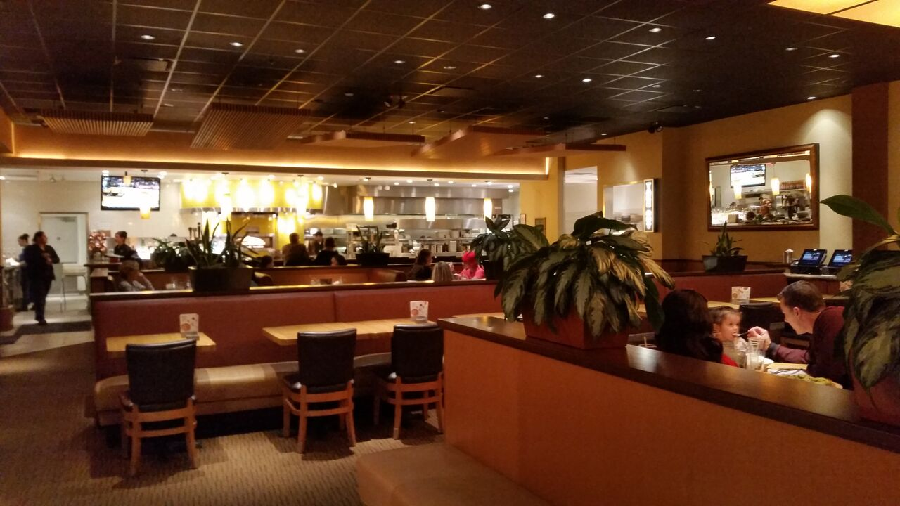 California Pizza Kitchen Large Menu With Something For Everyone Jacksonville Restaurant Reviews