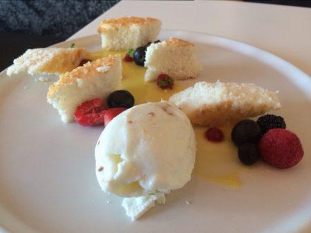 Hobnob - Trifle