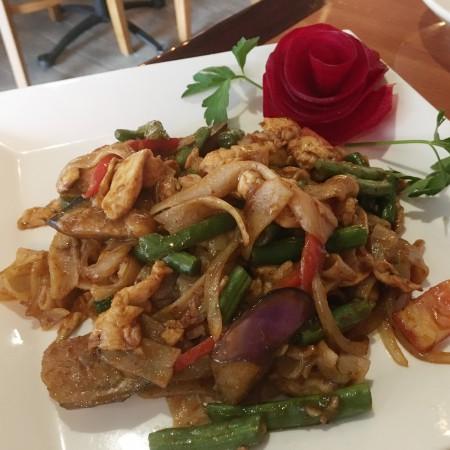 Tamarind Thai - Drunken Noodles