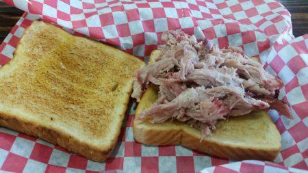 BBQ Barn - Pulled Pork Sandwich