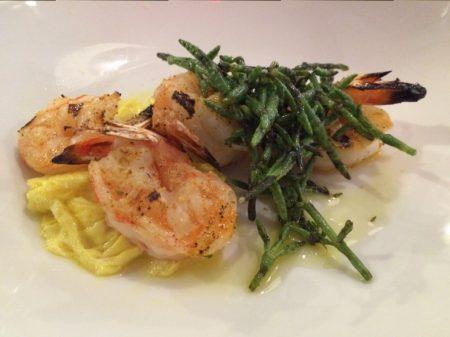 Grilled shrimp with curdled egg